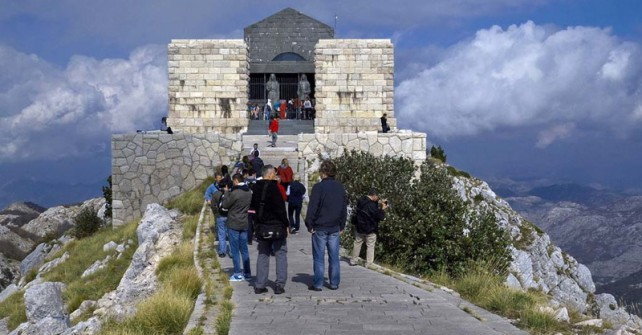 Posjeta Njegoševom mauzoleju